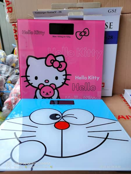 Timbangan badan Hello kitty