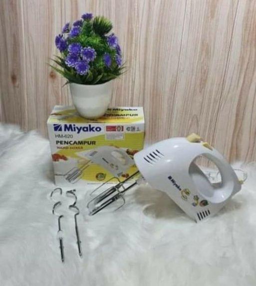 Model Hand Mixer Miyako HM 620