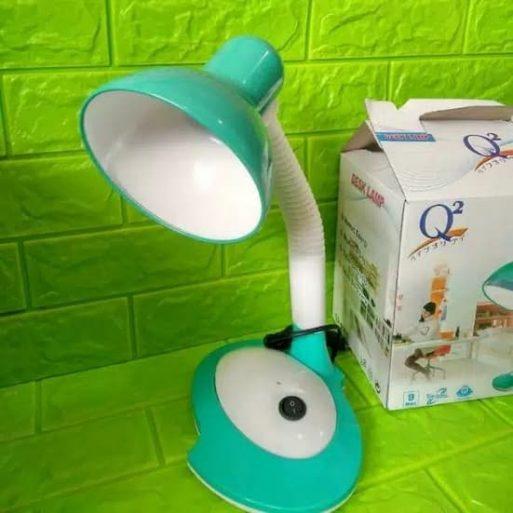 Lampu Meja Belajar Duduk Q2-8901